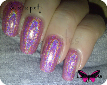 glitter gal holographic swatch in fuchsia